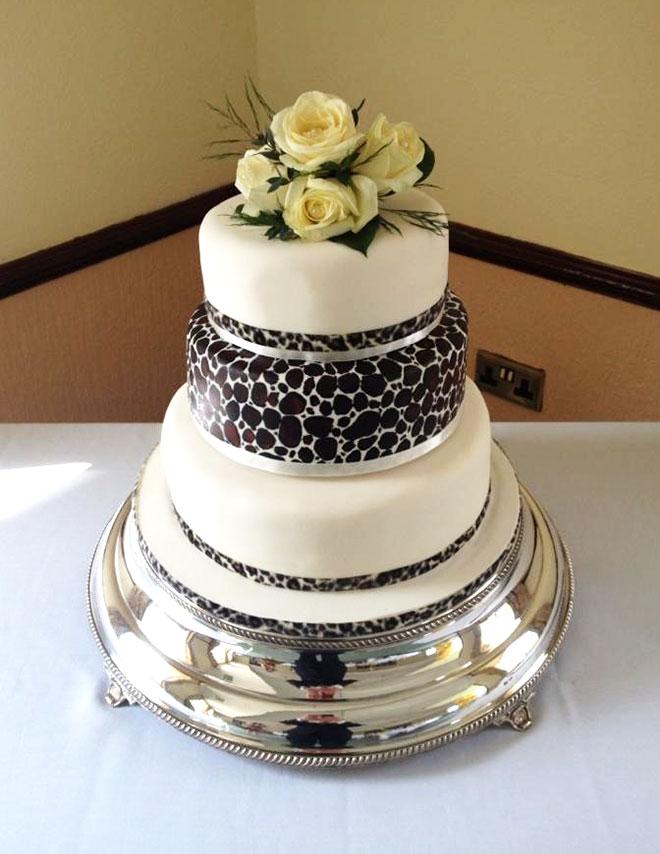 Leopard_Print_Wedding_Cake_Post_1