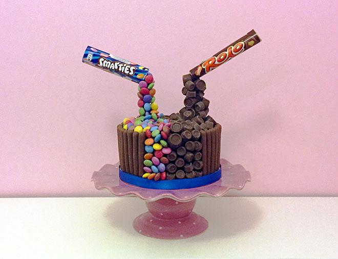Anti_Gravity_Chocolate_Cake_Post_2
